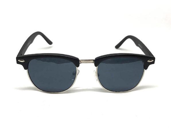 The Stan Round Sunglasses in Black