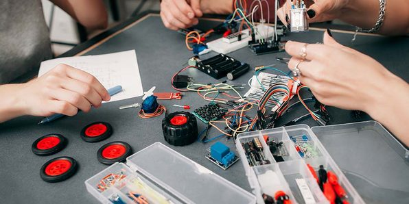 PIC Microcontroller: Learn by Building Practical Projects - Product Image