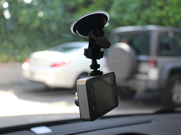 This dash camera is set to record behind you at all times, giving you a valuable view of the road and serving as a witness in the event of being rear-ended