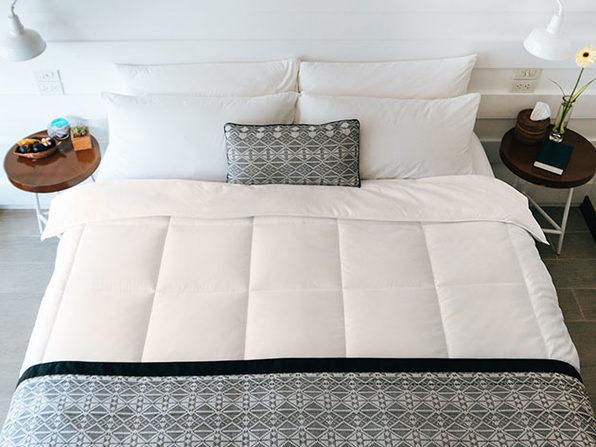 SöMN Kömforte Dual Zone Comforter (Beige/King)