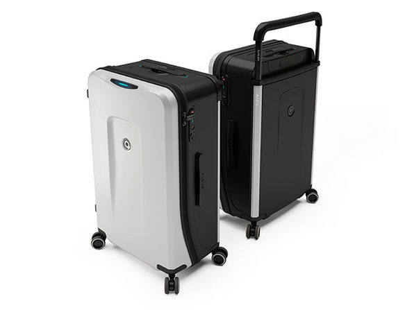 Plevo: The Infinite Smart Expandable Luggage (Silver)