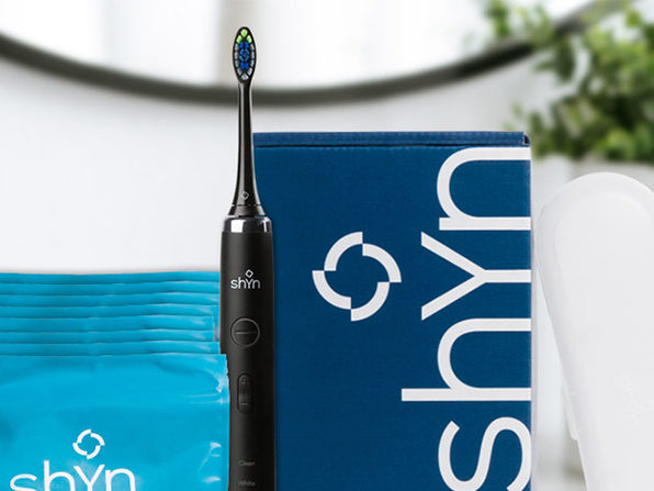 Shyn Sonic Toothbrush with Whitening Brush Heads & Flossers (Black)