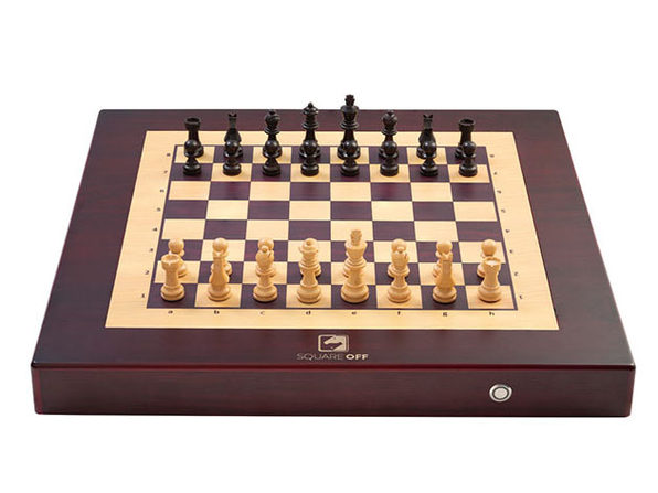 Square Off: World's Smartest Chessboard