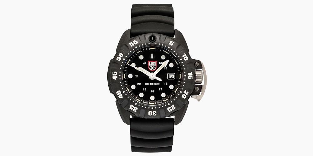 Luminox Scott Cassell Deep Dive Quartz Men's Watch XS.1551 (Store-Display Model) on sale for $319 (53% off)