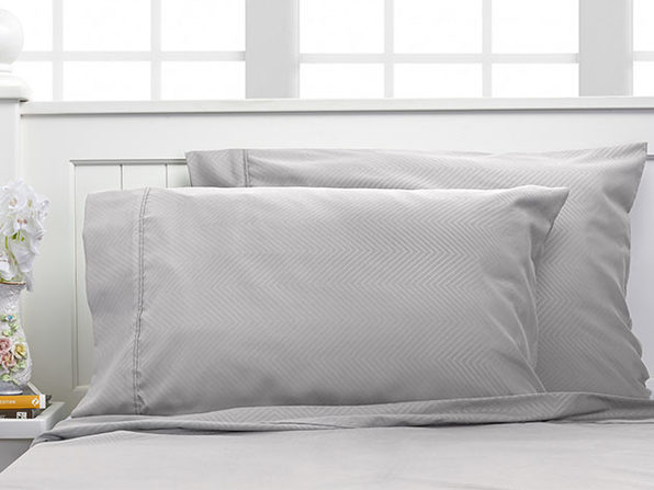 Bamboo 4-Piece Chevron Embossed Sheets (Silver)