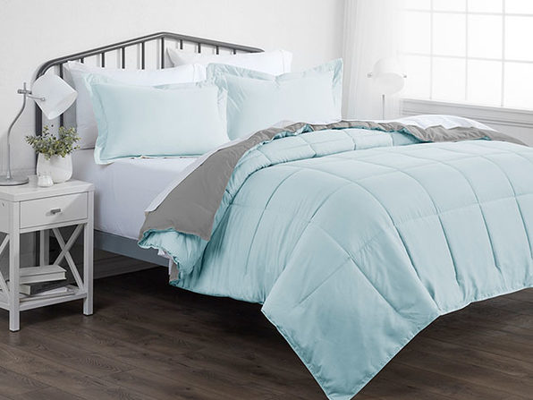 Down Alternative Reversible Comforter Set (Aqua & Light Gray | Queen)