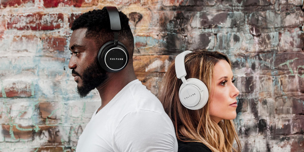 Engineered with the latest sound technology, these headphones allow you to enjoy music the way it's meant to be heard.