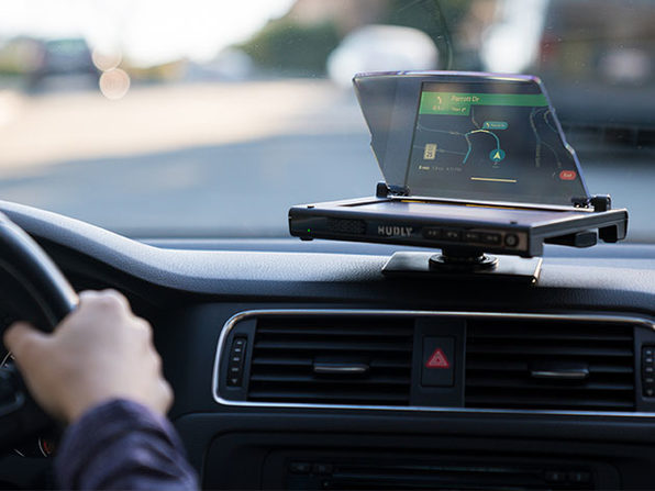 Hudly Wireless Smart Driving Head-Up Display