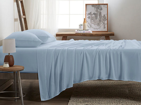 4-Piece Luxury 100% Rayon Bamboo Sheet Set // Aqua (Queen)