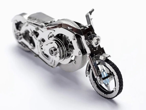 Metal Vehicle DIY Model Kit (Chrome Rider)