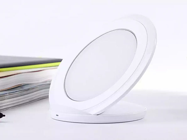 Fast Charging Qi Wireless Charging Stand (White)