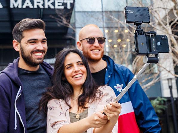 Pictar Smart Selfie Stick