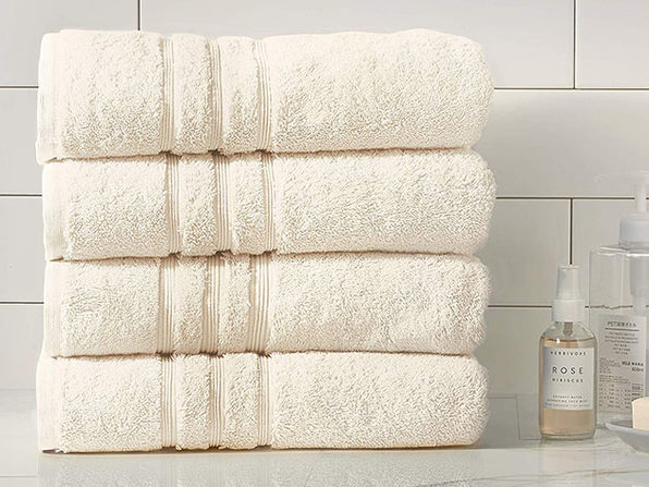 Turkish Cotton 700 GSM Bath Towels: Set of 4 (Ivory)