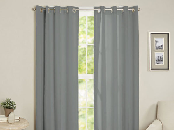 Maria Thermal Blackout Grommet-Top Curtain: 2 Panels (Gray)