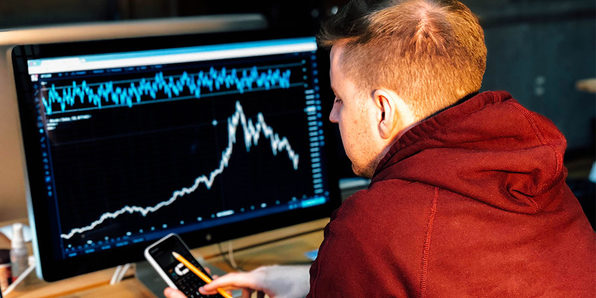 Stock Market Investing for Beginners: 12 Mistakes to Avoid - Product Image