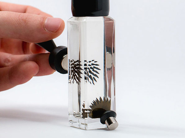 Motion Ferrofluid Liquid Desk Sculpture (30ml Gold)