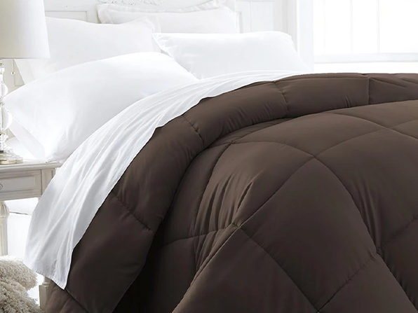 iEnjoy Home Down Alternative Chocolate Comforter