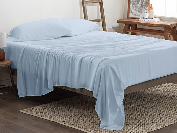4-Piece Luxury 100% Rayon Bamboo Sheet Set // Aqua