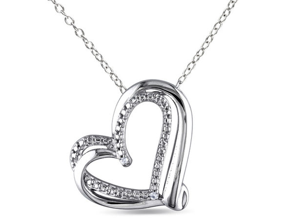 Heart Pendant Necklace in Sterling Silver with Chain