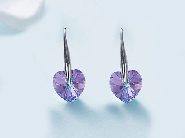 18K White Gold Drop Earrings with Heart-Shaped Swarovski Stones (Pink)