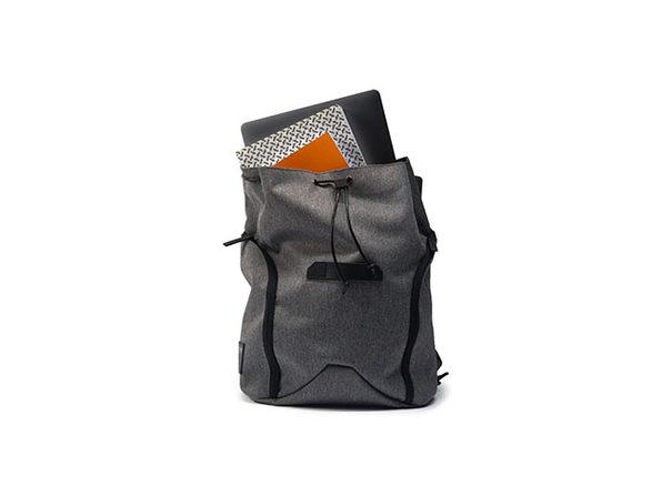 VENQUE® NY Daypack