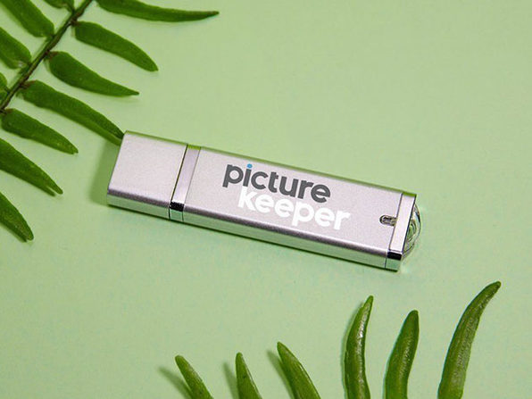 Picture Keeper Connect USB Mobile Flash Drive