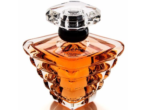 Lancome Paris Tresor Eau De Parfum Spray for Women, Perfume with Apricot and Peach Notes, 1 Ounce