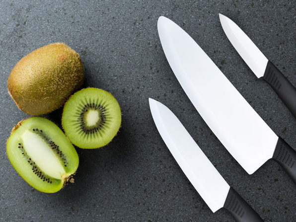 Super-Sharp Kitchen Knives: 3-Piece Set | Joyus