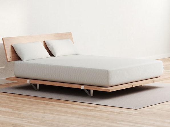 Vaya Mattress (Queen) + 2 Free Pillows