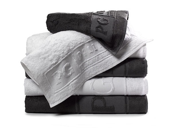 Luxe Pillow Guy Bath & Hand Towel Bundle